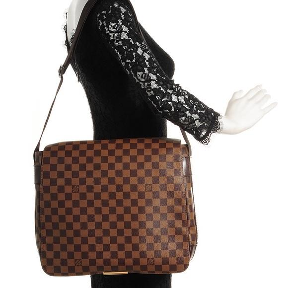 bf24e14ea527 Louis Vuitton Handbags - Auth Louis Vuitton Bastille Damier Ebene Crossbody